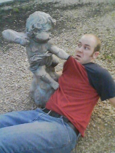 estatua de niños